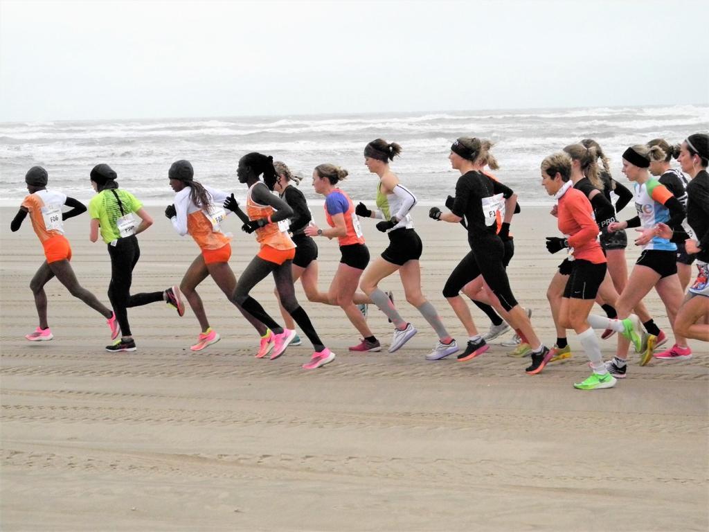 Prachtige editie Egmond halve marathon